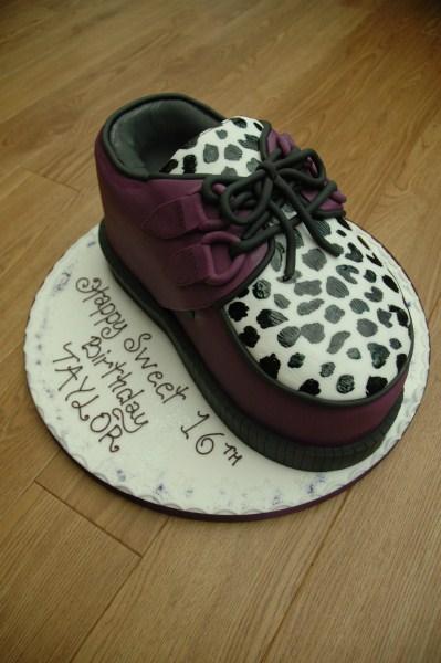 Novelty-cakes-22
